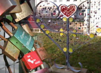 love lock statue